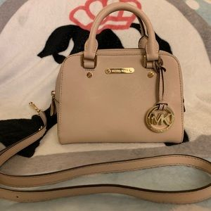 Michael Kors Pink Crossbody/Handbag